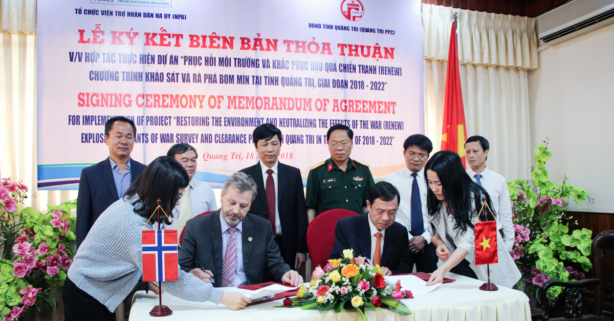 Quang Tri And Norwegian Peoples Aid Sign Agreement To Continue